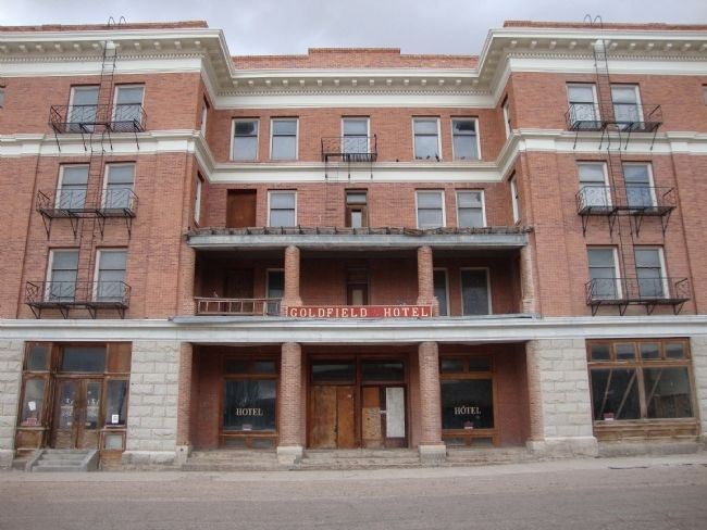 Goldfield Hotel image. Click for full size.