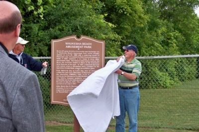Dedication of the Waukesha Beach Amusement Park Marker image. Click for full size.