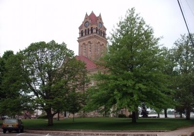 N/E Corner - - Starke County Courthouse - Knox, Indiana image. Click for full size.