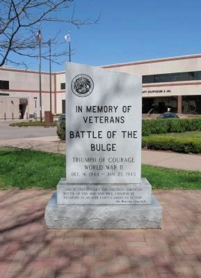 Battle of the Bulge Monument image. Click for full size.