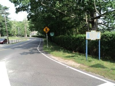 Marker on Cove Road image. Click for full size.