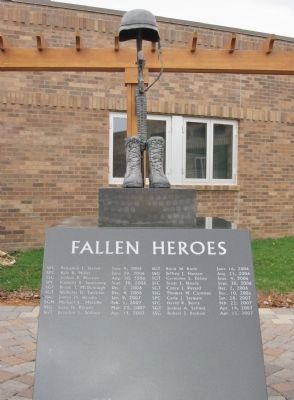 Fallen Heroes Memorial image. Click for full size.