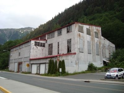 Alaska Juneau Mill image. Click for full size.
