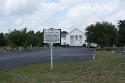 Sandy Level Baptist Church and Marker image. Click for full size.