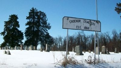 Crocker Cemetery image. Click for full size.