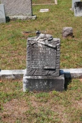 Nivie Ellar Leak Tombstone image. Click for full size.