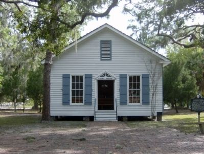 Florida's Earliest Courthouse Building and Marker image. Click for full size.