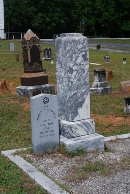 Pvt. Marion T. Campbell Tombstones image. Click for full size.