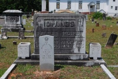 Francis R & Susan Owings Tombstone -<br>Namesake for Nearby Owings, SC image. Click for full size.
