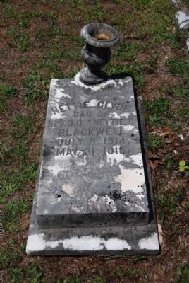 Nettie Clyde Blackwell Tombstone image. Click for full size.