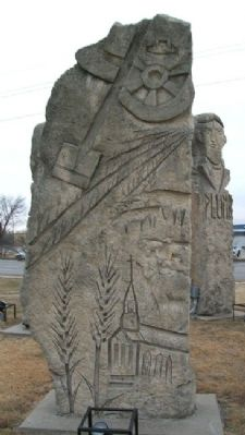 Prairie Passages Plumb Echo Carving image. Click for full size.