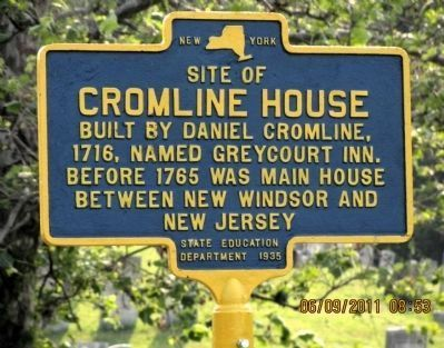 Close up of repainted and recently reinstalled Site of Cromline House Marker image. Click for full size.