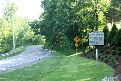 Elliott Daingerfield Marker, seen looking north along US 221 image. Click for full size.