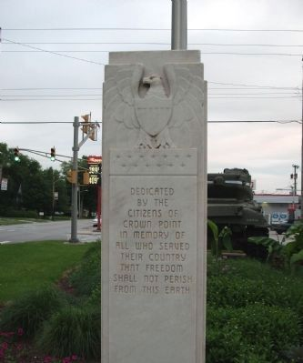 W.W.II Triangle Memorial Marker image. Click for full size.
