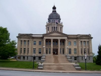 Bourbon County Courthouse image. Click for full size.