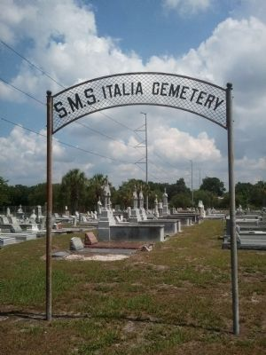 Cemetery section of the Societa de Mutuo Soccorso Italia image. Click for full size.