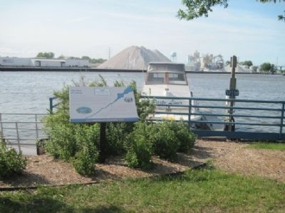 Marker, Fox River and site of Old Fort Howard in distance image. Click for full size.
