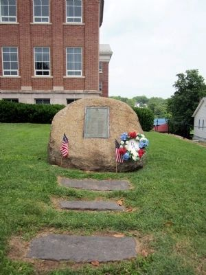 Battle of Point Pleasant Monument image. Click for full size.