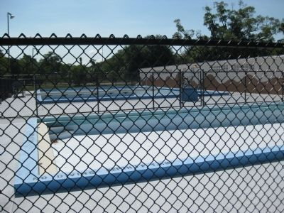 Angus R. Goss Memorial Pool image. Click for full size.