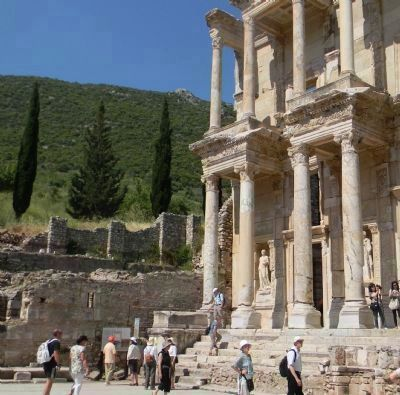 The Celsus Library marker, visible to the left of the stairs image. Click for full size.