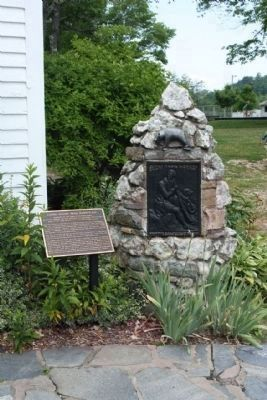Daniel Boone Trail Marker #26 Monument as mentioned image. Click for full size.