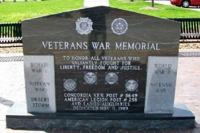 Veterans War Memorial image. Click for full size.