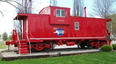 Missouri Pacific Caboose and Marker image. Click for full size.