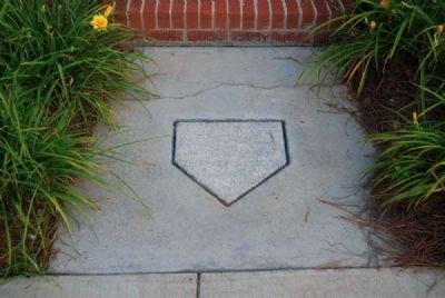Walkway Showing Base Outline image. Click for full size.