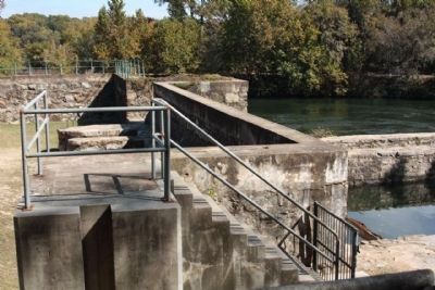 The Augusta Canal Headgate Locks image. Click for full size.