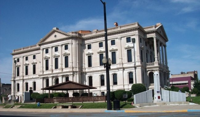 North/East Corner - - The Grant County Courthouse - Marion, Indiana image. Click for full size.