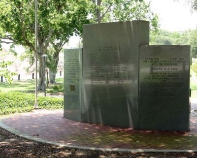 USS Columbia CL-56 Memorial Marker, rear view image. Click for full size.