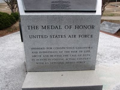 Text on base of memorial image. Click for full size.