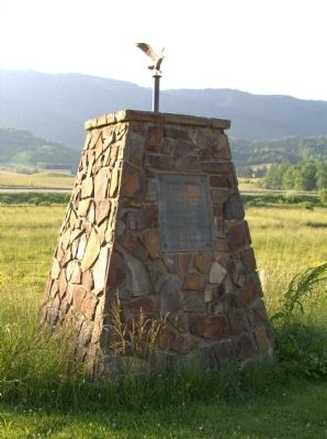Daniel Boone Trail Monument image. Click for full size.