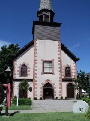 Dutch Reformed Church of Fishkill image. Click for full size.
