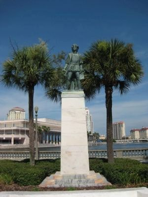 Christopher Columbus Monument along Bayshore Boulevard image. Click for full size.