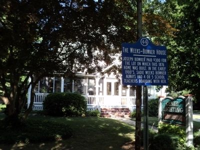The Weeks-Bowker House Marker image. Click for full size.