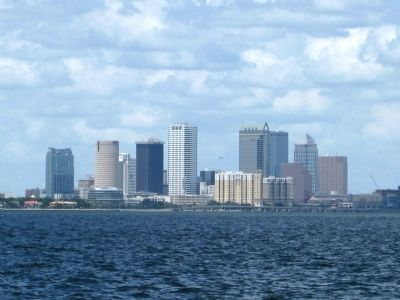 Downtown Tampa viewed from the southern end of Bayshore image. Click for full size.