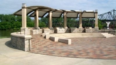 Riverfront Park Pavilion image. Click for full size.