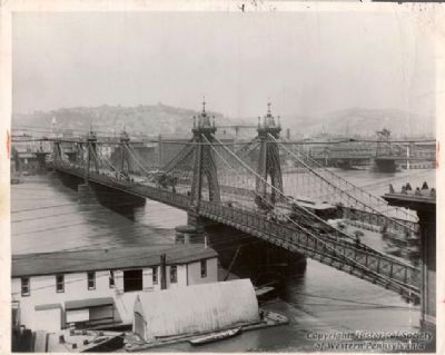 The Second Sixth Street Bridge (1859-1892) image. Click for full size.