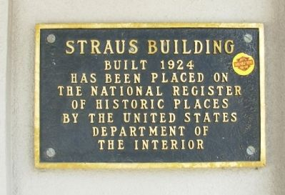Straus Building Marker image. Click for full size.