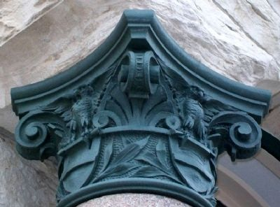 Farmers & Drovers Bank Column Capital image. Click for full size.