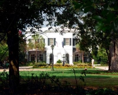 South Carolina Governor&#39;s Mansion<br>East (Front) Facade from Lincoln Street image. Click for full size.