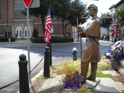 Marker and Union Soldier Statue image. Click for full size.