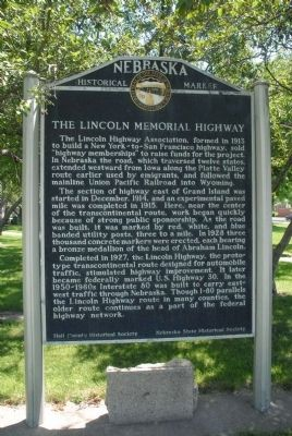 The Lincoln Memorial Highway Marker image. Click for full size.