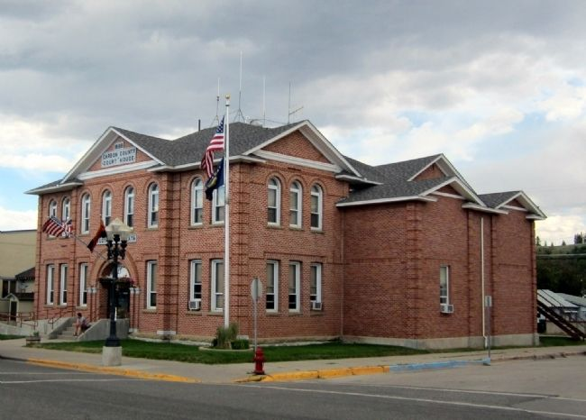 Carbon County Courthouse image. Click for full size.