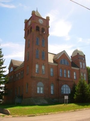 Historic Iron County Courthouse image. Click for full size.