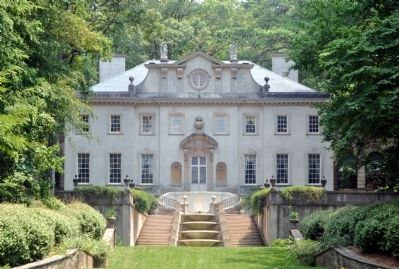 Swan House image. Click for full size.
