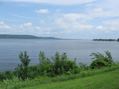 Lake Pepin / Mississippi River image. Click for full size.