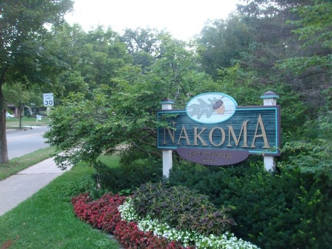 Nakoma Neighborhood Sign image. Click for full size.