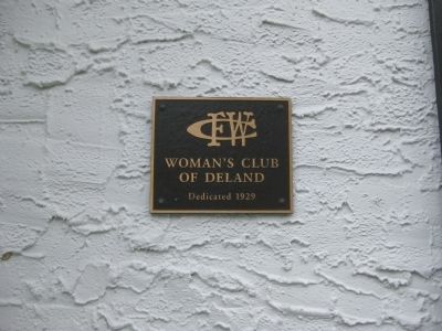The Woman's Club of DeLand Plaque image. Click for full size.